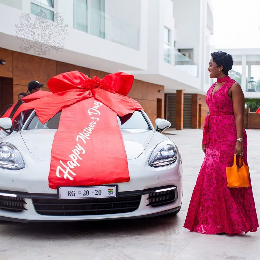 Check out Ghana's millionaire, Cheddar gifts to his wife on her birthday - video 2