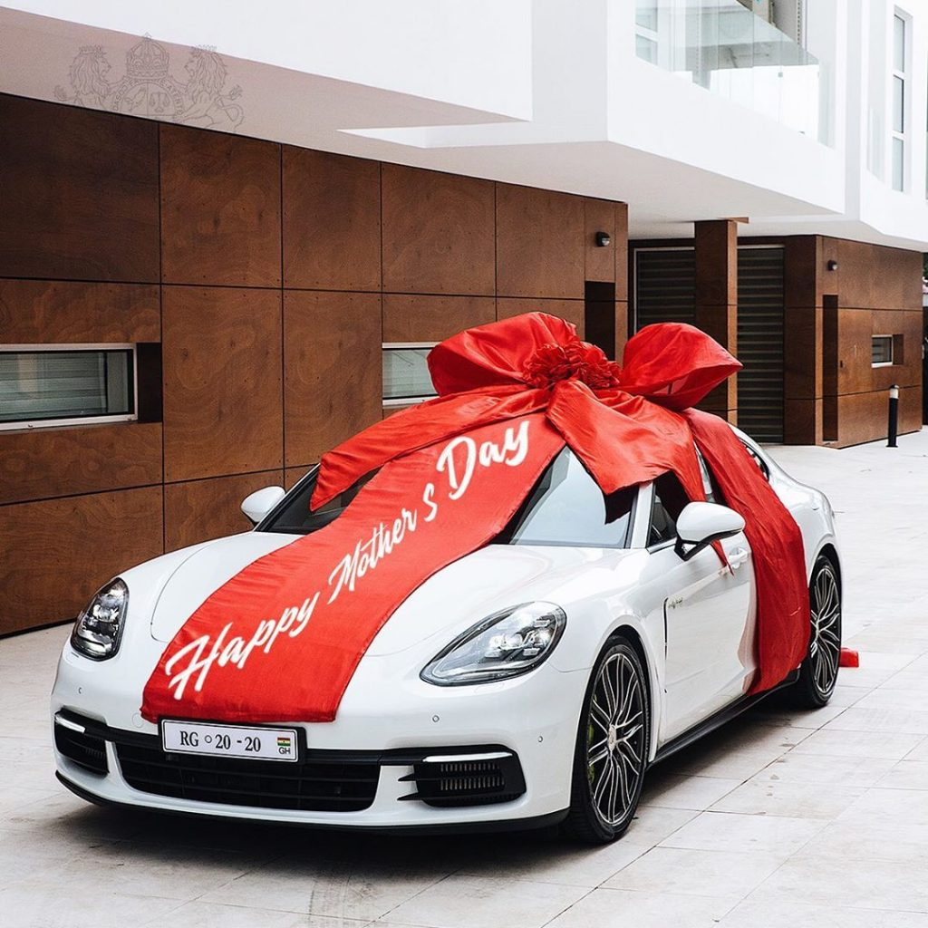 Check out Ghana's millionaire, Cheddar gifts to his wife on her birthday - video 3